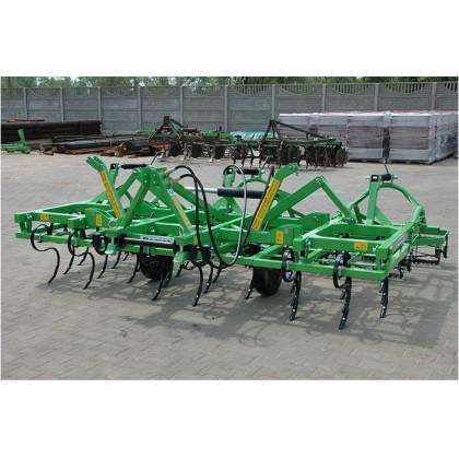 Agregaty uprawowe składane hydraulicznie szer. rob. 3,2-4,6m. BOMET