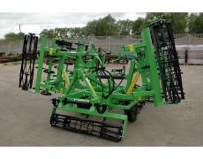 Agregaty uprawowe składane hydraulicznie z wałem przednim szer. rob. 3,2-4,6 BOMET